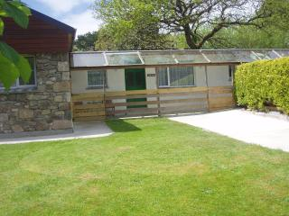 Nice Bungalow with Internet Access and Television - Carharrack vacation rentals