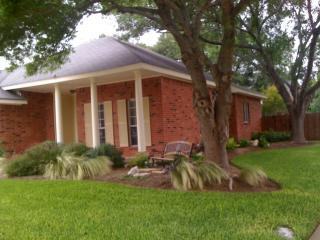 2 bedroom House with Internet Access in Round Rock - Round Rock vacation rentals