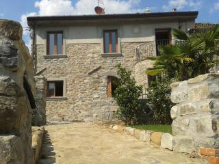 Nice 2 bedroom Condo in Tresana - Tresana vacation rentals