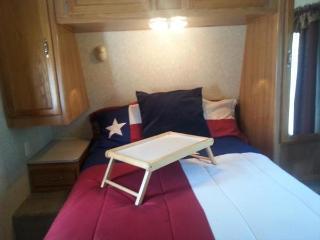 Affordable TX Hill Country Getaway Near Lake LBJ! - Kingsland vacation rentals