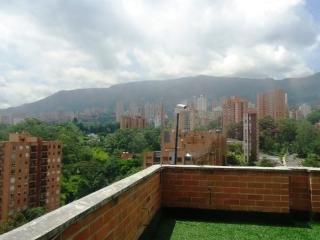 Attractive El Poblado New Studio - Medellin vacation rentals