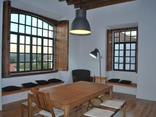 Adorable 5 bedroom Villa in Rio Maior with Dishwasher - Rio Maior vacation rentals