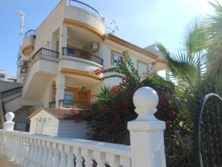 2 bed apartment overlooking Villamartin Plaza - Villamartin vacation rentals