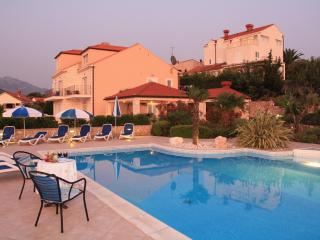 one bedroom apartment with balcony and pool - Cavtat vacation rentals