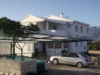 Cozy 3 bedroom Razanac House with Internet Access - Razanac vacation rentals