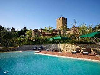 Charming Villa with A/C and Shared Outdoor Pool in Tuscany - Tuscany vacation rentals