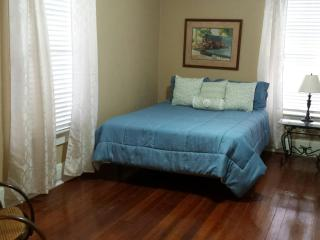 Downtown PC, 10 minutes from PCB, 15-20 from Base. - Panama City vacation rentals