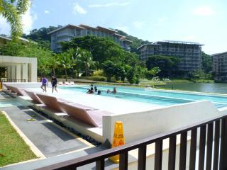 Jenny's Place at Pico de loro-1BR condo - Batangas vacation rentals