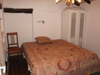 Casa Giuglia- Belle maison de hameau pleine nature - Carpasio vacation rentals