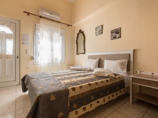 Budget studio in Chania town steps from beach - Chania vacation rentals