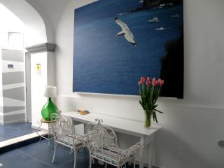 DREAMING GUEST HOUSE  TOPAZIO APARTMENT - Meta vacation rentals