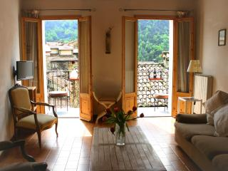 2 bedroom Townhouse with Internet Access in Pigna - Pigna vacation rentals