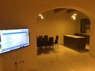 Nice 4 bedroom Nadur Townhouse with Internet Access - Nadur vacation rentals