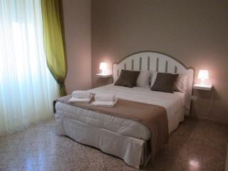 Nice Condo with Toaster and Washing Machine - Salerno vacation rentals