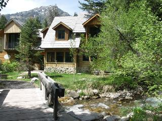 2 bedroom Condo with Washing Machine in Sundance - Sundance vacation rentals