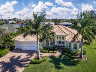 THE RAINBOW - Gulf Access, Pool, Spa, 3 bedroom - Cape Coral vacation rentals