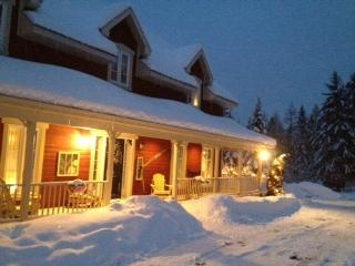 Wildberry Inn/Aux Baies Sauvages - Mont Tremblant vacation rentals
