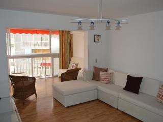 Benidorm Beach Apartment Sea & Beach Views & UK TV - Benidorm vacation rentals