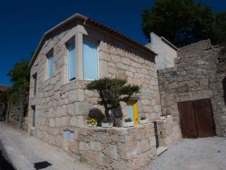 RH Casas de Campo Design - Kika House - Ponte da Barca vacation rentals