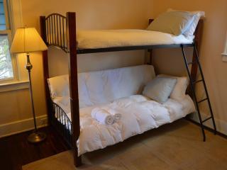 Cozy Bunk Suite: LAST-MIN EZ SELF-CHK-IN - Detroit vacation rentals