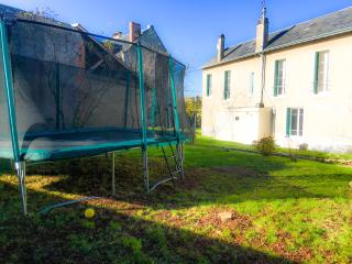 In the Heart of the Loire Valley, Huge Trampoline! - Blois vacation rentals