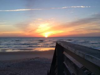 Ormond Beach, Oceanside, 1st Floor, Private Beach - Ormond Beach vacation rentals