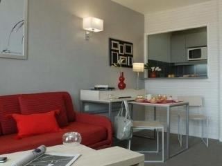 Cozy Montrouge Studio rental with Television - Montrouge vacation rentals