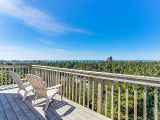 Spacious home with spectacular views of ocean & Cape Kiwanda! - Pacific City vacation rentals