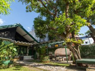 6 bedroom Bed and Breakfast with A/C in Yogyakarta - Yogyakarta vacation rentals