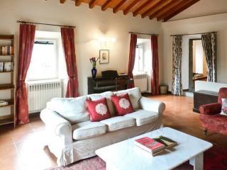 Gorgeous house with mountain view - Piteglio vacation rentals