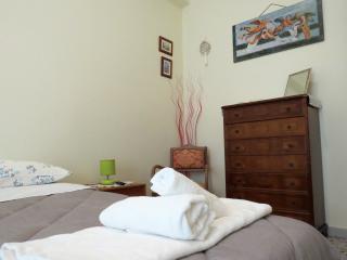Il Golfo di Naxos apartment, air conditioning - Giardini Naxos vacation rentals