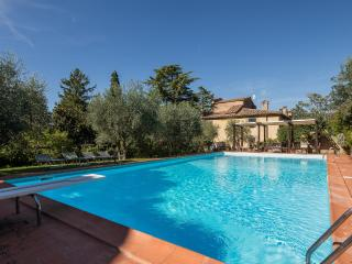 Beautiful Vacation Rental at Villa il Castagno in Cortona - Cortona vacation rentals