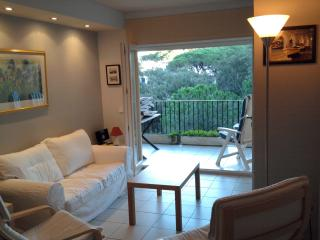Beautiful Llafranc apartment. Garage pool &garden. - Llafranc vacation rentals