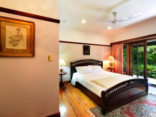 The Laurels B&B; - The Carrington Room - Kangaroo Valley vacation rentals