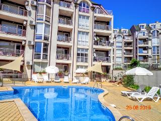 Apartment to the beach in Kavarna town - Kavarna vacation rentals