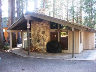 Country Club LAKEFRONT Cabin with Dock, NO Buoy. - Lake Almanor vacation rentals