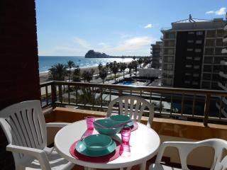 Bright 2 bedroom Peniscola Apartment with Washing Machine - Peniscola vacation rentals