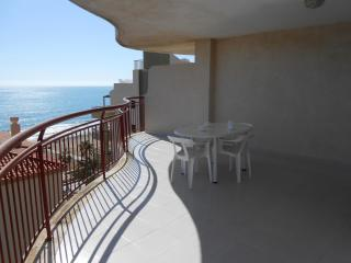 Nice Condo with Shared Outdoor Pool and Balcony - Peniscola vacation rentals