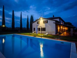 Villa I Cerri, oasis of peace and tranquillity near the banks of Lake Trasimeno. - Sant'Arcangelo vacation rentals
