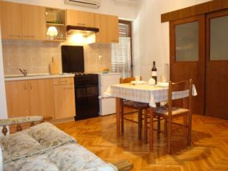 A3 Apartment 2+1, Villa Agata Pula - Banjole vacation rentals