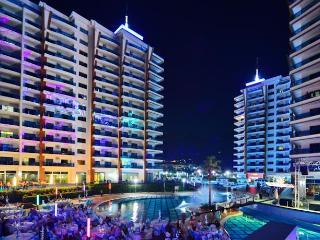 AZURA PARK DELÜX DUBLEX - Mahmutlar vacation rentals