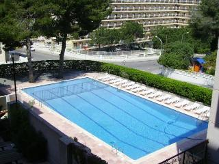 Romantic 1 bedroom Salou Apartment with Television - Salou vacation rentals