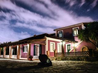 3 bedroom Villa with Internet Access in Planos - Planos vacation rentals