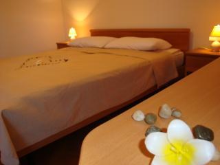 S4 Room 2+0, Villa Agata Pula - Banjole vacation rentals