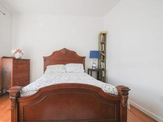 2 bedroom Condo with Internet Access in Philadelphia - Philadelphia vacation rentals