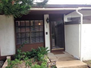 Vista Verde Condo - Brownsville Country Club - Brownsville vacation rentals