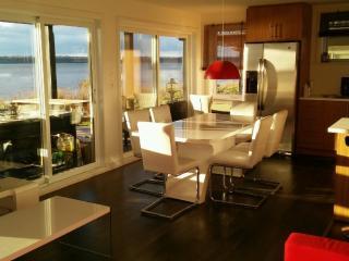 Nice 1 bedroom Quebec City Condo with Internet Access - Quebec City vacation rentals