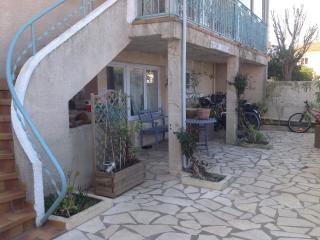 Chambre chez l'habitant, village proche mer - Agde vacation rentals