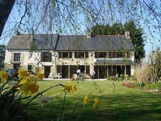 Perfect 5 bedroom Farmhouse Barn in Evran - Evran vacation rentals