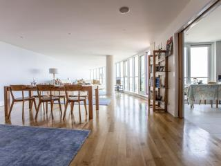 onefinestay - St George's Wharf II private home - London vacation rentals